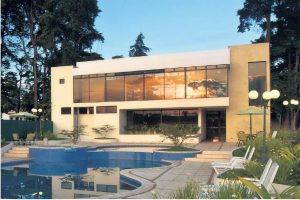 piscina y casa club